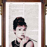 AUDREY HEPBURN Breakfast at Tiffany's Art Print by TreasuresByUs