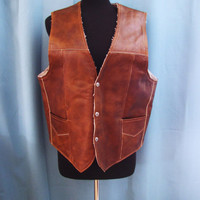 vintage leather vest, sherpa lined.  chesnut brown leather. made in Mexico. unisex. size M to XL