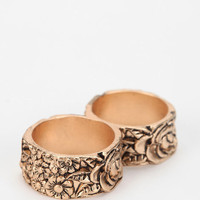 Metal Flower Double-Finger Ring