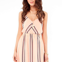 Vertical Horizons Contrast Dress in Pink :: tobi