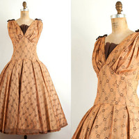 vintage 1950s dress / 50s dress full skirt & joan by SwaneeGRACE