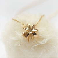 Four Leaf Clover Necklace by laonato on Etsy