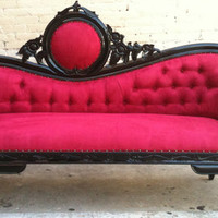 Red & Black French Chaise Lounge Sofa Vintage by VENETIANSOCIETY