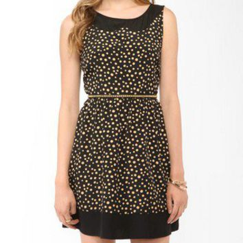 Ditsy Dot Peter Pan Yoke Dress | FOREVER 21 - 2000046089