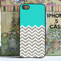 turquoise with white and silver Chevron - iPhone 5 SNAP ON CASE