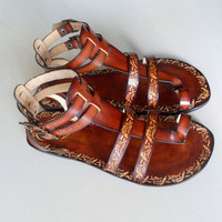 Handcrafted Women Men Gladiator Sandals With Pattern - Fascination