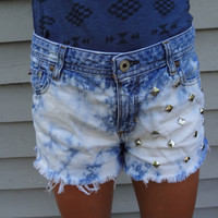 High Waisted Acid Washed Studded Denim Shorts