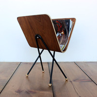 onefortythree  Bent plywood magazine rack