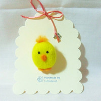 needle felted brooch - Easter Chick Brooch - 100% Merino Wool - wool felt chick - easter brooch