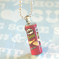pringles necklace
