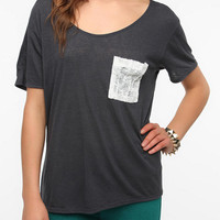 Urban Outfitters - Daydreamer LA Lace Pocket Tee