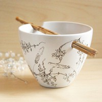 Hand Painted Noodle Bowl - Wild Grass, Line Drawing Collection - made to order