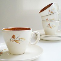 Vintage Tea Cups and Saucers Taylor Smith Mid by vintagebiffann
