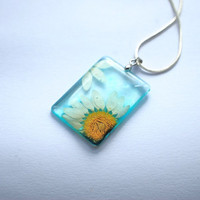 Pressed Daisy Flower Necklace Botanical by NaturalPrettyThings