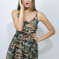 Army Print Sleeveless V-Neck Playsuit with Cinched Waist
