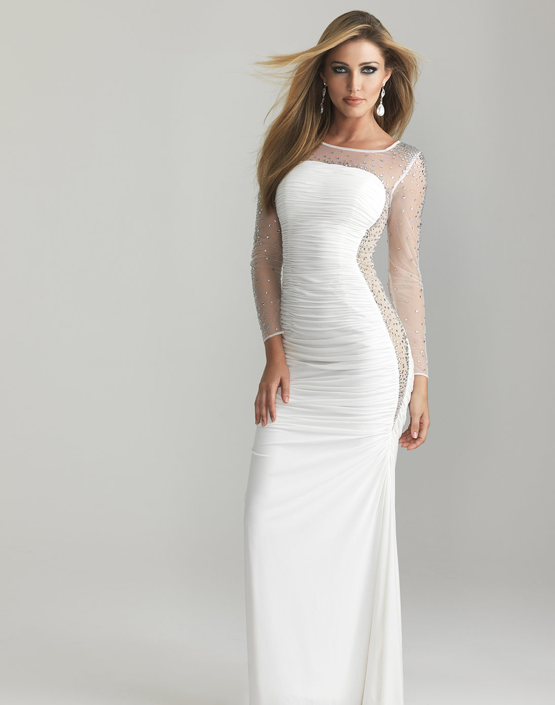 Similiar Long Fitted White Dress Keywords
