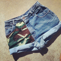 Camo army high waisted ViNTAGE shorts