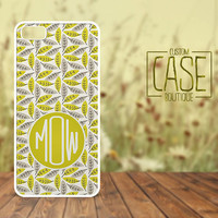 Personalized iPhone 4 / 4s or iPhone 5 Case - Plastic iPhone case - Rubber iPhone case - Monogram iPhone case - CB005