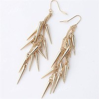 Instafashion  InstaFashion Earring Gold Spike Chain