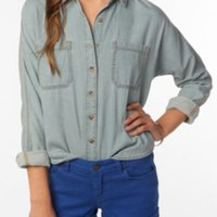 UrbanOutfitters.com &gt; BDG Chambray Shirt