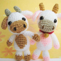 Buy Lolly Baby Cow pattern - AmigurumiPatterns.net