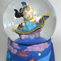 Fantasies Come True - Disney collectibles and memorabilia - Aladdin and Jasmine on magic carpet musical snowglobe - Aladdin Jasmine Magic Carpet