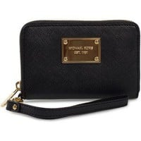 Amazon.com: MICHAEL Michael Kors Zip Around iPhone Wristlet Black: Cell Phones & Accessories
