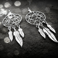 Dream Catcher Earrings - 6 feathered