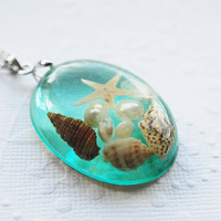 The Mermaid&#x27;s Necklace 02 Oval Nautical Jewelry Resin Starfish Tiny Seashells Aqua Specimen Necklace Fairy Tale Fantasy Unique Handmade