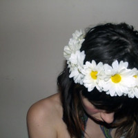 daisy flower crown by MOSSMILK on Etsy