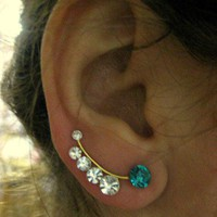 Ear Sweep Wrap - Cuff Earring with Swarovsky - Gold Filled - Bluewhite