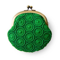 Forest Green Circle Lace Purse by humoresque on Etsy