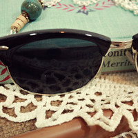Black Glasses Necklace | Sam Wish