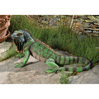 Iggy the Iguana Statue - QL56991                       - Design Toscano