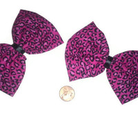 2 Pink Cheetah Print Bows, Cheetah Print Hair Bows, Animal Print, Bow Sets, Easter gift ideas, Animal Print accessories, cheetah print bows,