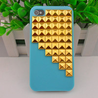 iPhone 4, 4S hard Case Cover with golden pyramid stud For iPhone 4 Case, iPhone 4S hand Case,iPhone 4 GS case, iPhone hand case cover  -262