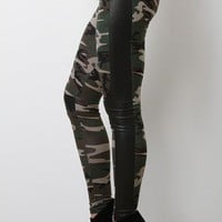 Camo Frenzy Leggings
