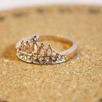Fashion Golden Rhinestone Crown Zircon Ring