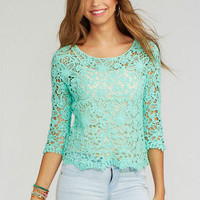 Lace Crop Long-Sleeve