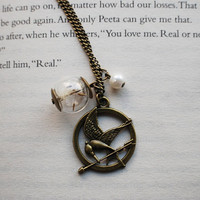 Hunger Games Katniss Peeta Necklace by NaturalPrettyThings on Etsy