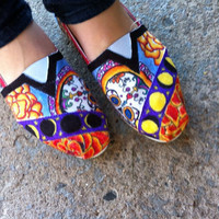 Beautifully Designed Customized TOMS Made to Order by bendomurat