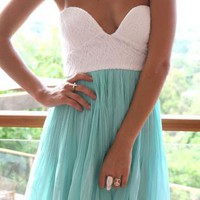Mint Strapless Chiffon Dress with Plunging Bodice&amp;Pleat Skir