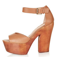 LEANDRA Wooden Platforms