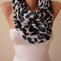 New - Trendy - Gift Scarf - Mother's Day - Leopard  Infinity Scarf - Soft Cotton Fabric