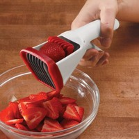Chef'n Strawberry Slicester