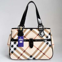 Burberry 29124 Black Leather - &amp;#36;156.99