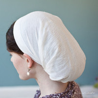 simple Victorian snood covering in Ivory hair by GarlandsOfGrace
