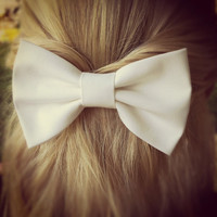 white BIG Bow - hair bow (S-N-002)