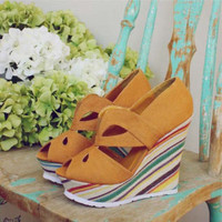 Spool 72 | Busy Bee Wedges