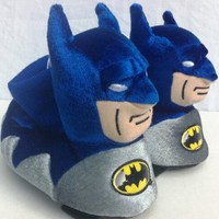 Amazon.com: Warner Brothers Batman Dc Comics Plush Soft Sock Top Slipper Shoes Comfy Warm Boy Size 7/8, Great for Halloween, Winter Gift: Toys & Games
